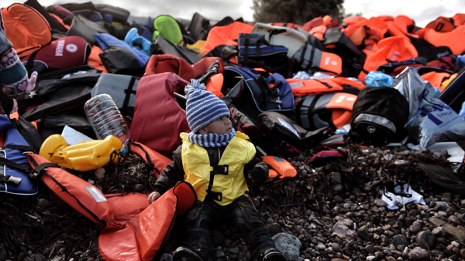 Migranti Bambini ARIS MESSINIS:AFP:Getty Images