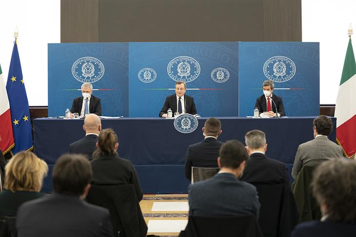 Conf Stampa Draghi Governo CC BY NC SA 3 0 IT