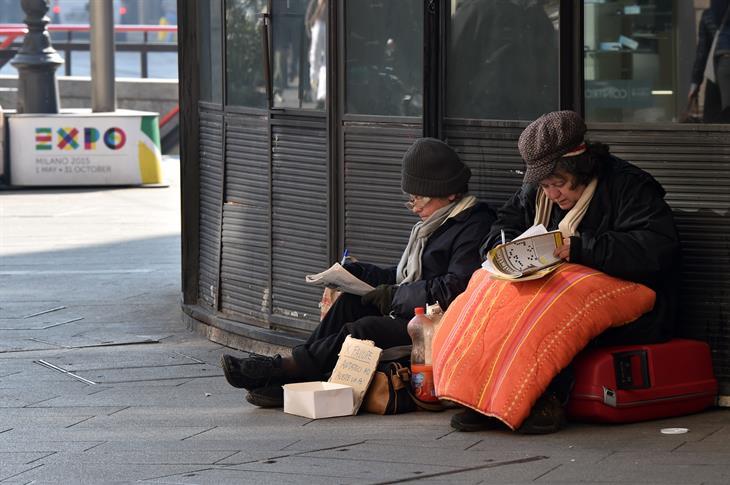 GIUSEPPE CACACE:AFP:Getty Images Homeless Milano