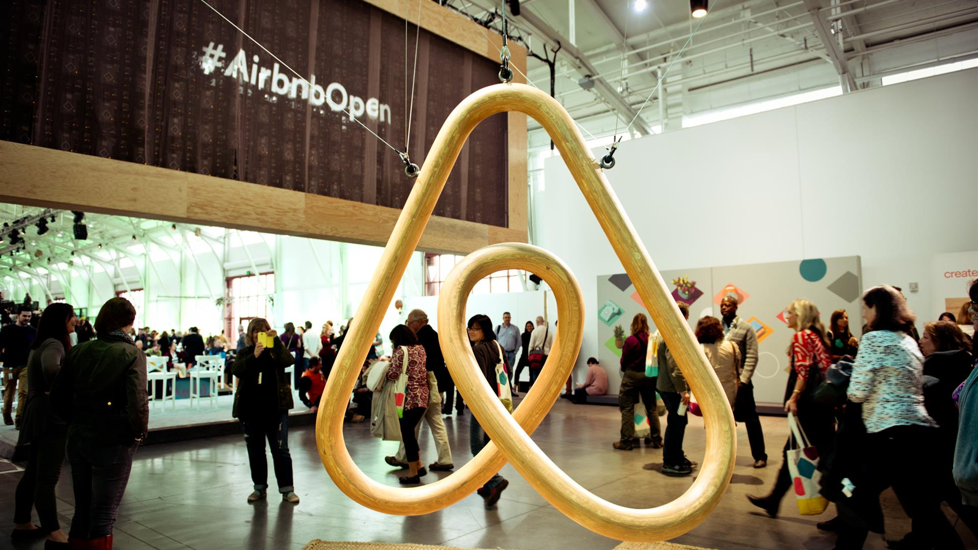 Airbnb Open SF Gabriela Herman 21Nov2014 GNH2612