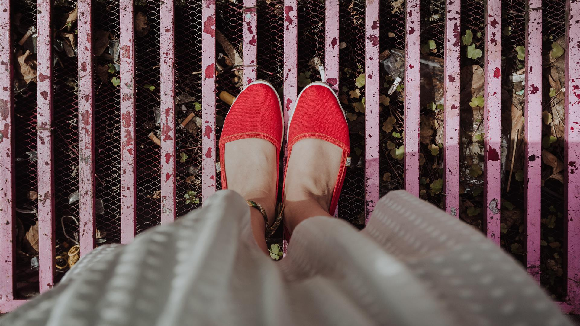 Andreea Popa Red Shoes Unsplash