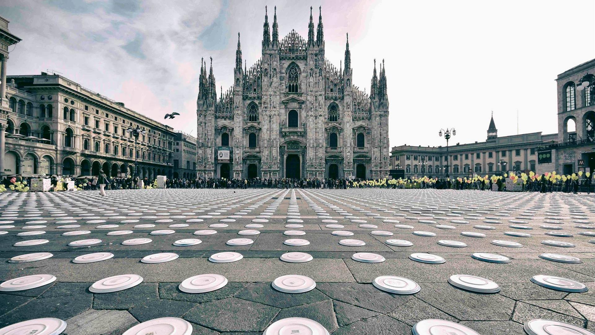 CEFA Onlus In The Name Of Africa Rendering Piazza Del Duomo Milano