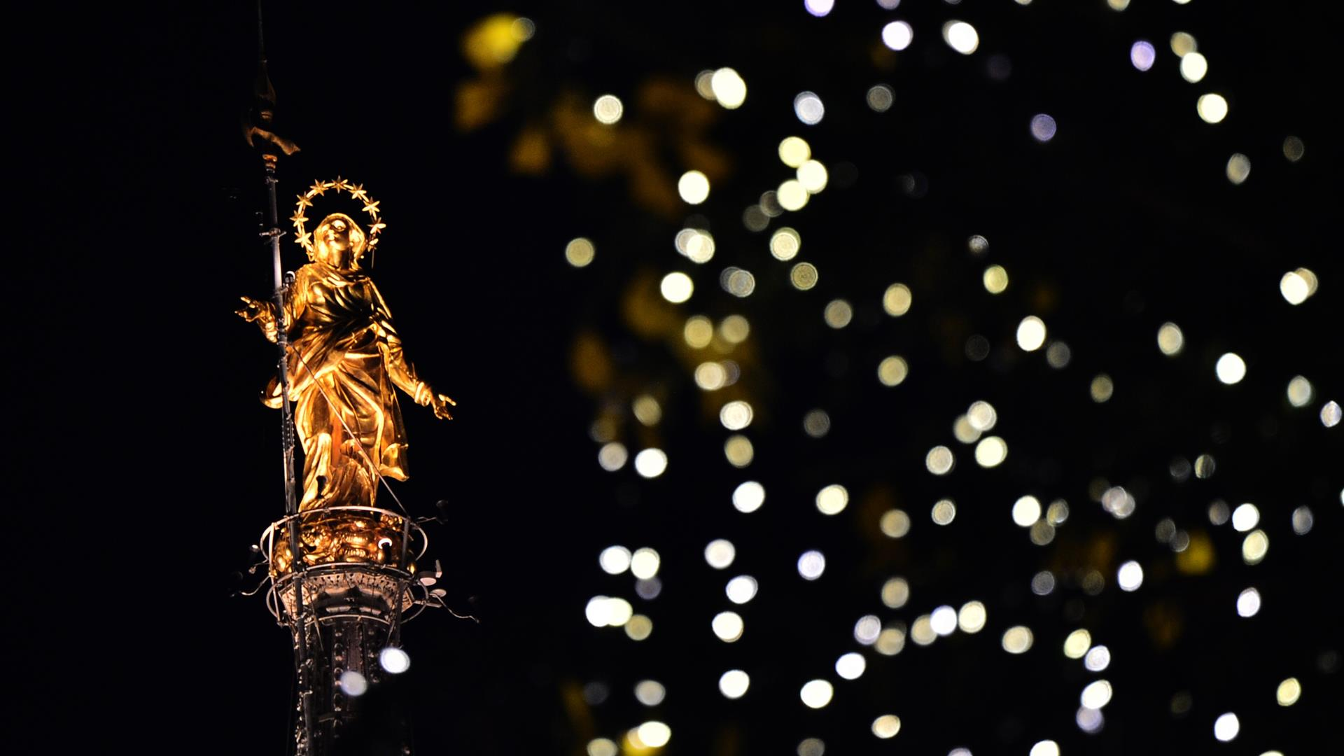 GIUSEPPE CACACE:AFP:Getty Images Natale Duomo