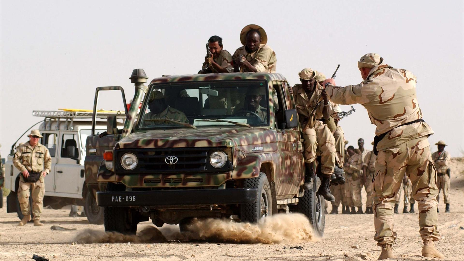 10Th SFG With Mali Soldiers