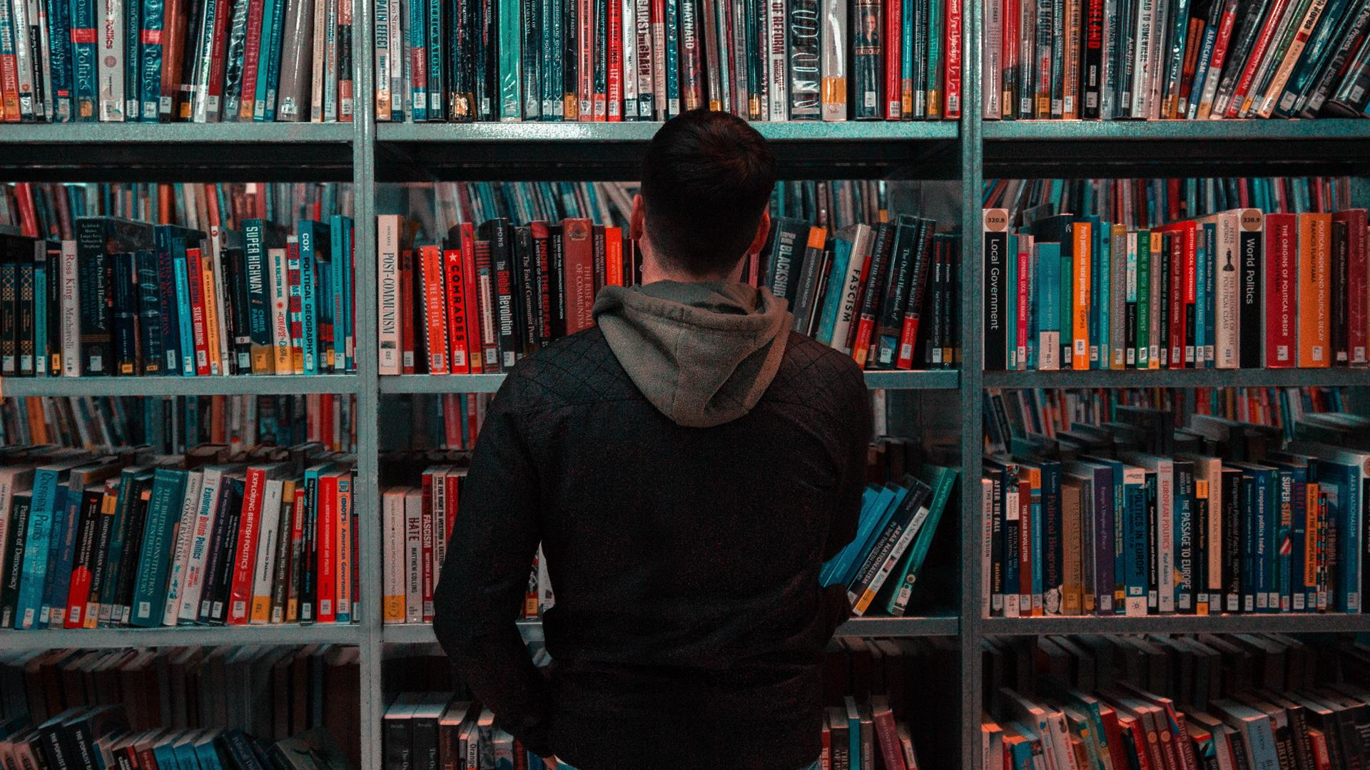 Matthew Feeney Nwkh Biblioteca Unsplash