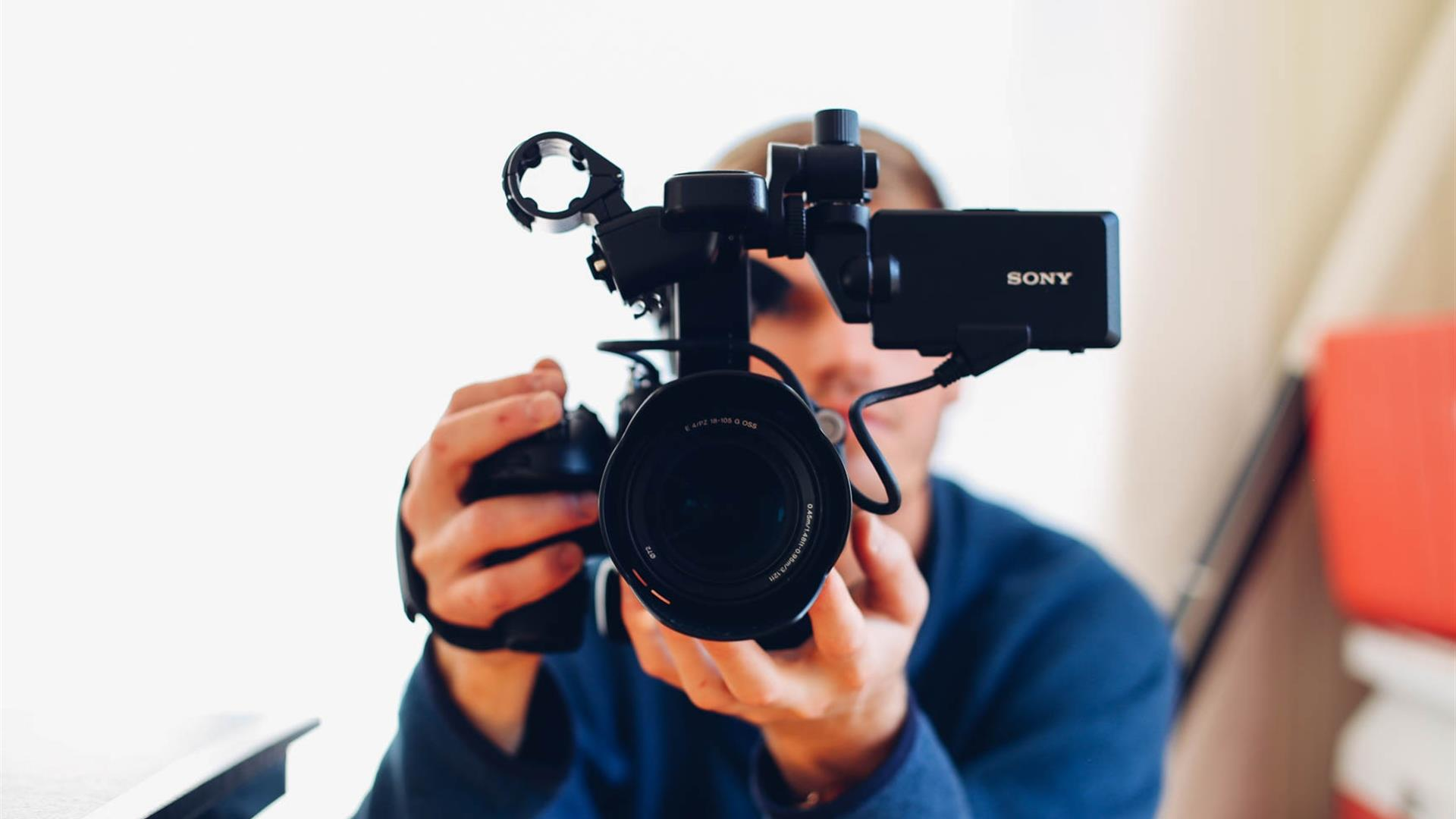 Camera Seth Doyle Unsplash